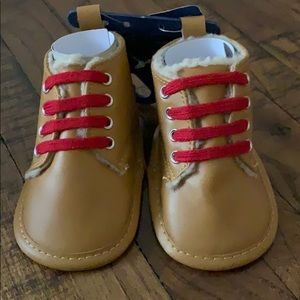 3/$10 NWT Fila baby shoes